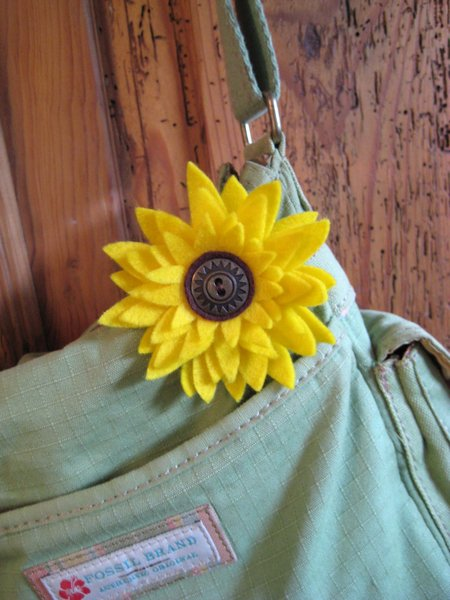 flower on purse