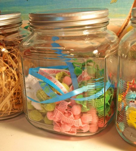 ribbon jar 2