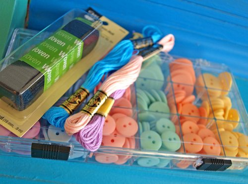 button bracelet supplies