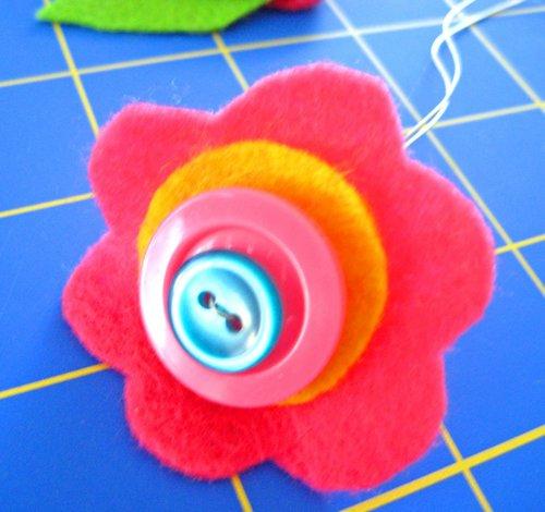 button flower tutorial 1