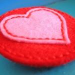 Sweet Felt Heart Necklace {Giveaway}