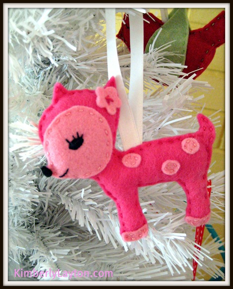 Dottie Deer Felt Ornament 1