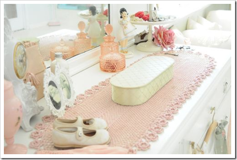 Sewing-Room22