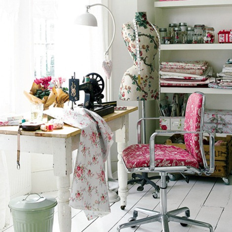 Sewing spaces - Small space sewing area style ...