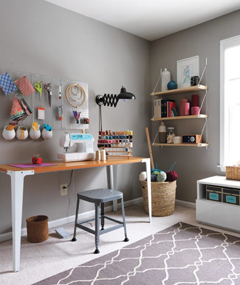 organized-sewing-room_gal (1)