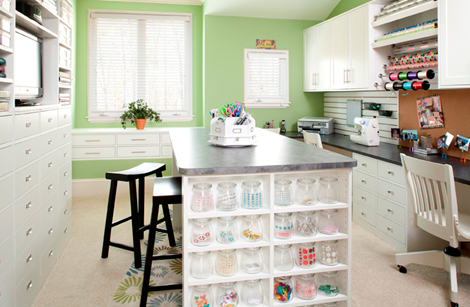 craft room love in green