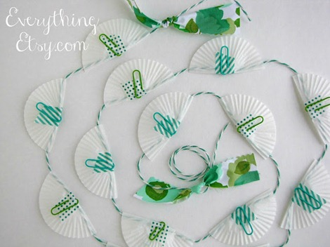 simple packaging ideas ~ gift garland ~ Everything Etsy.com