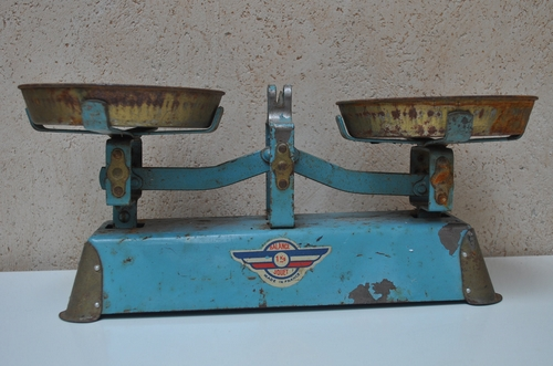 Vintage Scale at LaManche on Etsy