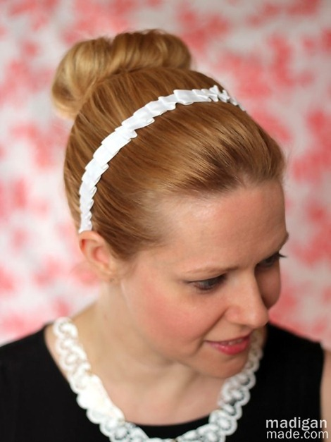 downton-abbey-maid-pleated-headband-craft-01_zps9449bf63