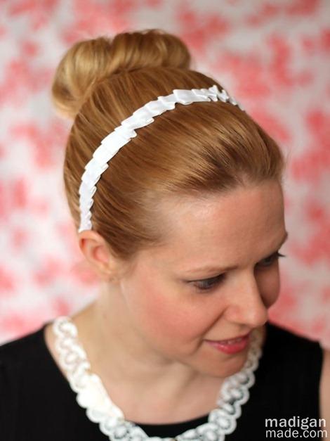 downton-abbey-maid-pleated-headband-craft-01_zps9449bf63