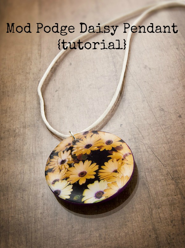 Mod Podge Daisy Pendant on EverythingEtsy.com