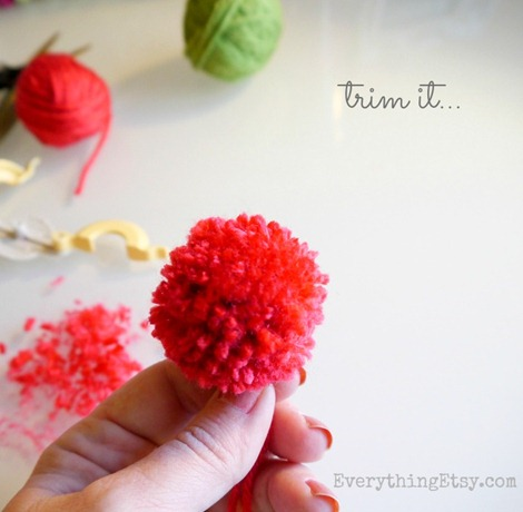 trim it up - pom pom maker