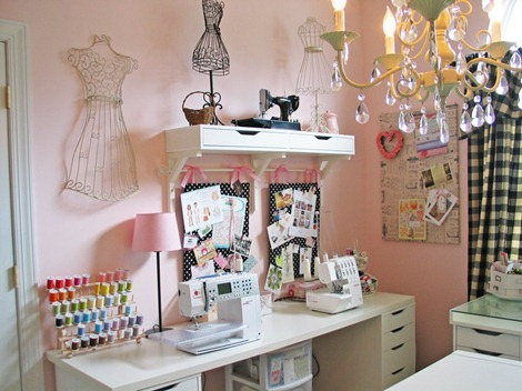 hop over to olabelhe to see the rest of this sewing studio you will