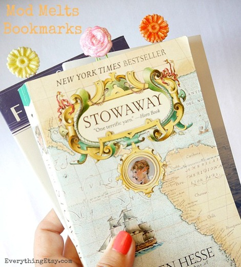 Mod Melts by Mod Podge - Create Bookmarks!