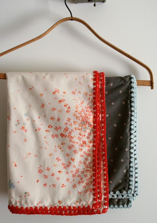 Knitting Pattern Receiving Blanket : 15 Handmade Baby Blanket Tutorials