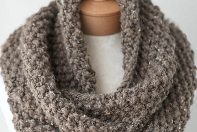knit scarf slider