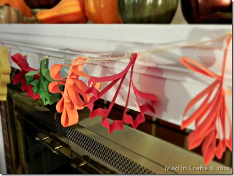 paper-leaves-garland-