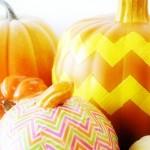 Chevron Pumpkin–Duck Tape Decorating {#StickOrTreat}