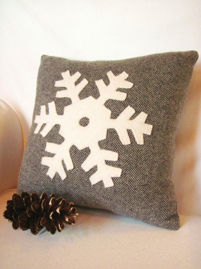 Everything Etsy Holiday Gift Guide - Snowflake Pillow