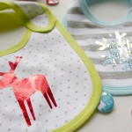 Handmade Baby Gifts–Holiday DIY Bib Set