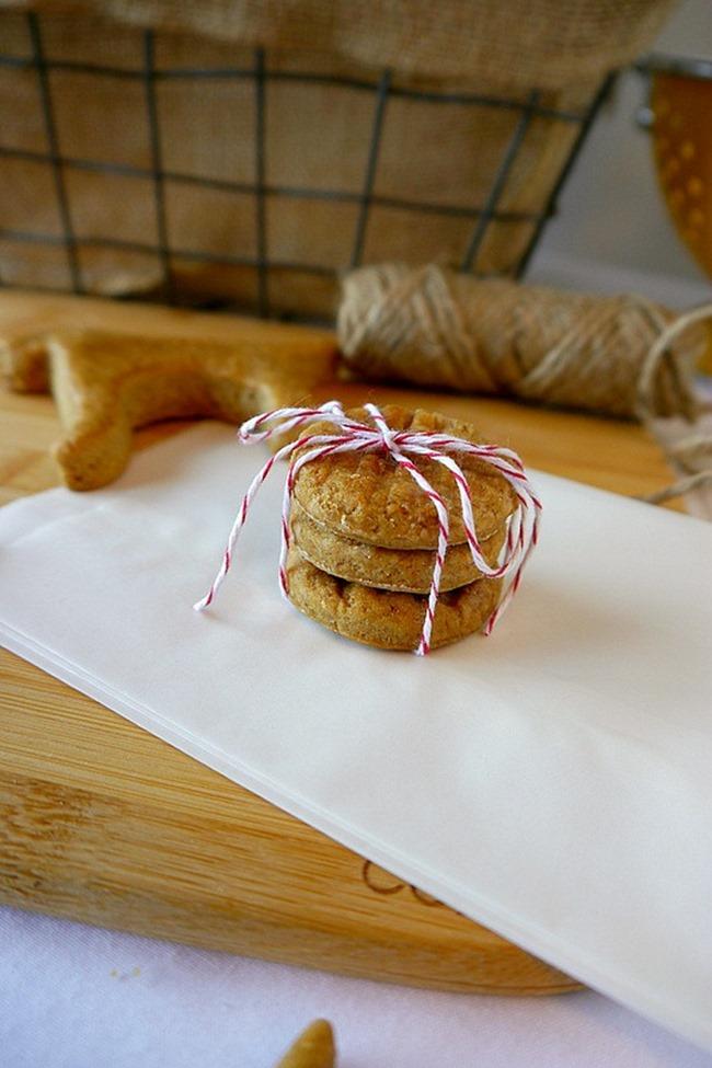 Homemade Dog Treats - Peanut Butter Cookies