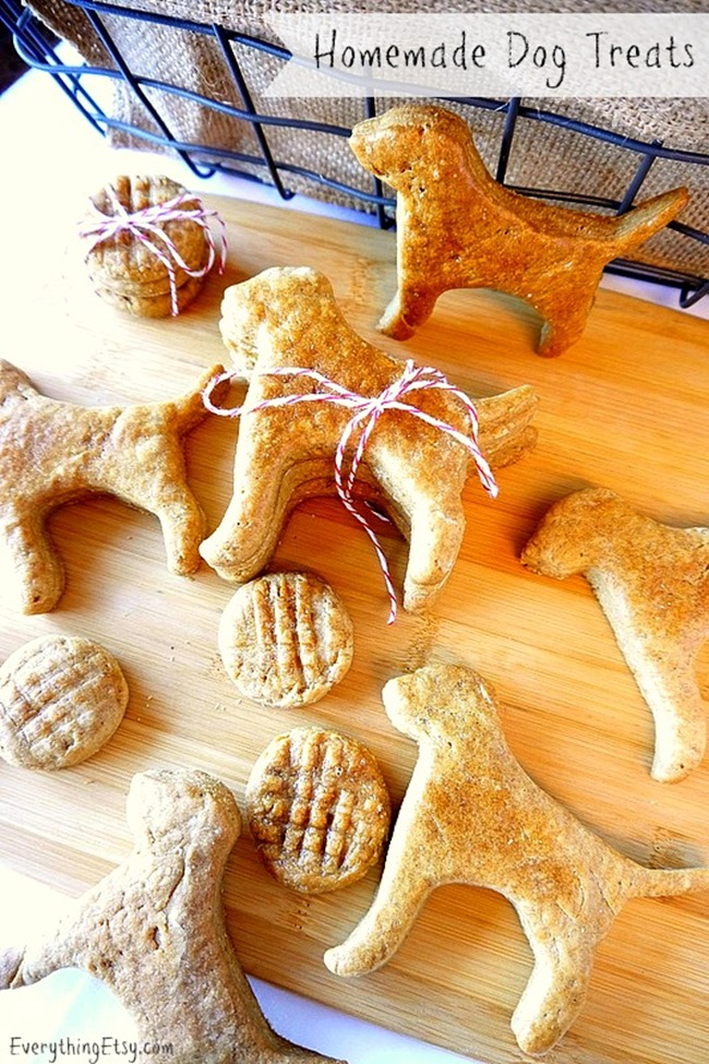 Homemade Dog Treats - Peanut Butter - EverythingEtsy.com
