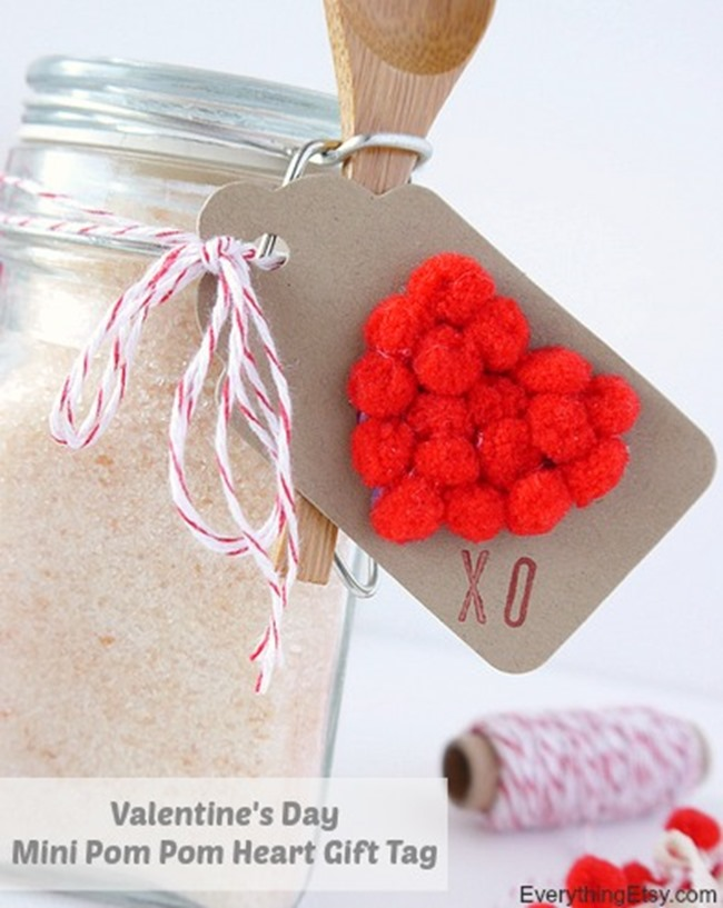 Valentine's Day Mini Pom Pom Heart Gift Tag Tutorial on EverythingEtsy.com
