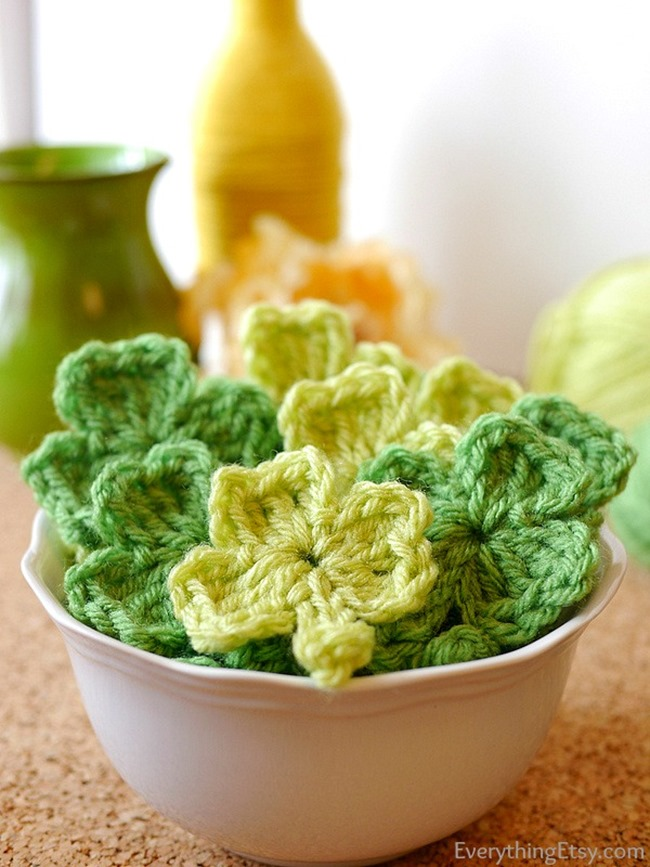Shamrock Crochet Pattern l St. Patrick's Day l EverythingEtsy.com