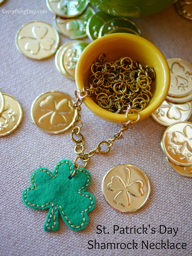 St. Patrick's Day Shamrock Necklace - Tutorial @EverythingEtsy
