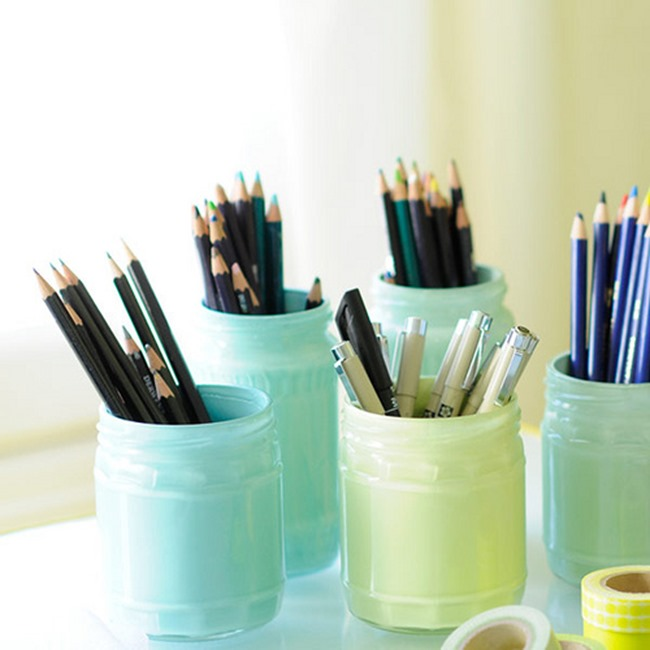 diy desk ideas - jars