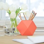 10 DIY Ideas to Organize Your Desk
