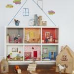 7 DIY Dollhouses