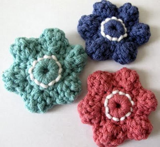 crochet flower pattern - necklace