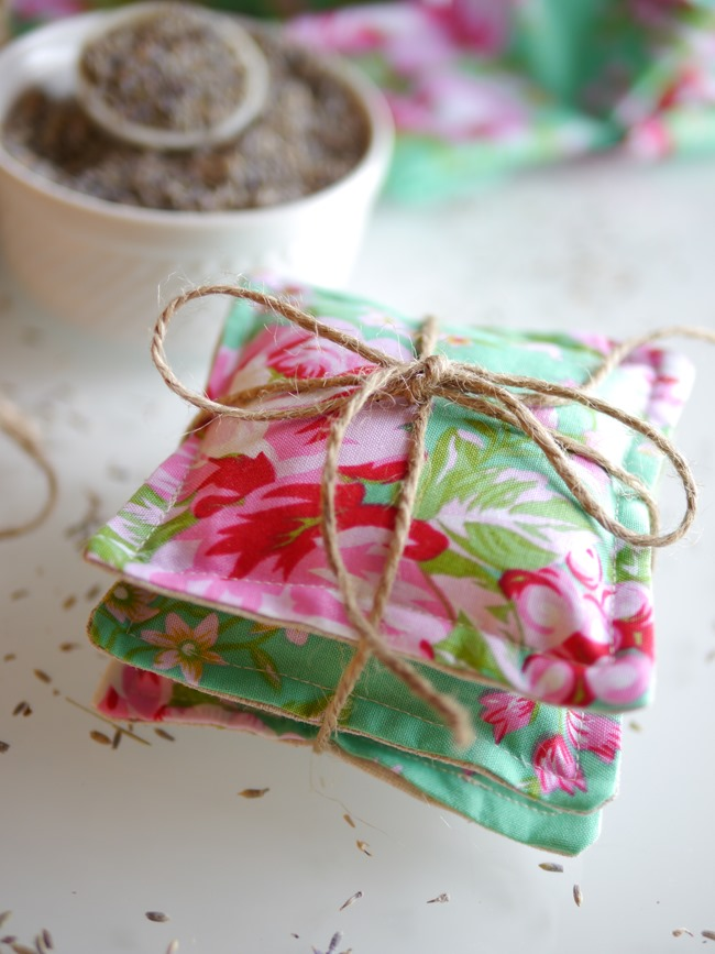 lavender sachet project - everythingetsy.com