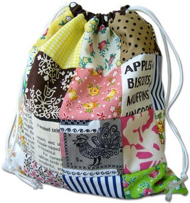 Gifts to sew - drawstring patchwork bag