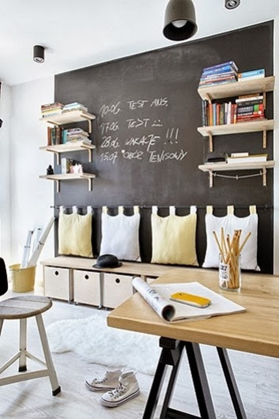 craft room ideas - chalkboard