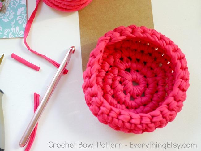 Crochet Bowl Pattern - EverythingEtsy.com - Make it!