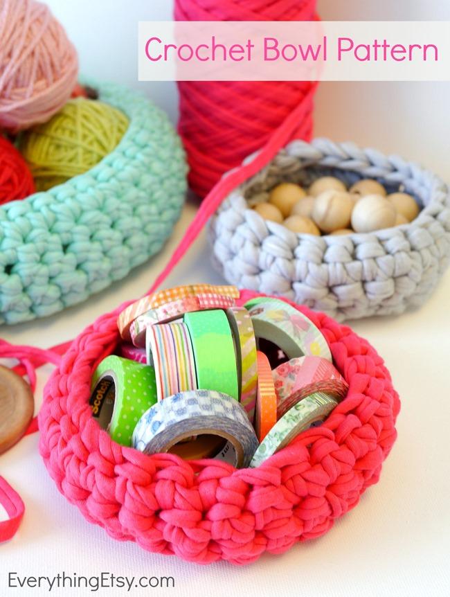 Crochet Bowl Pattern {free} on EverythingEtsy.com - Get Organized!
