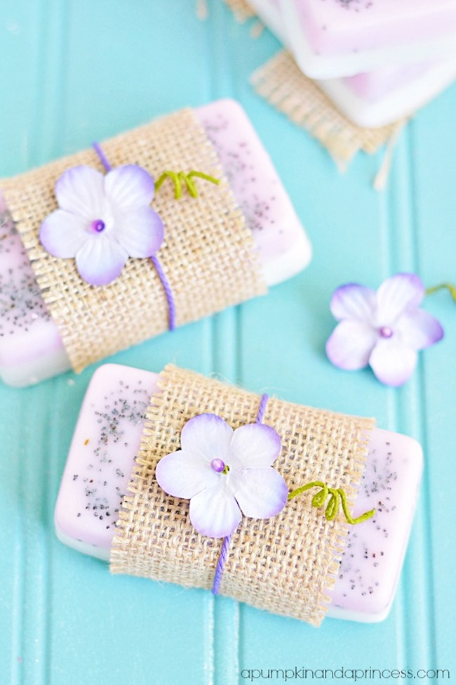 DIY homemade soap - lavender lemon