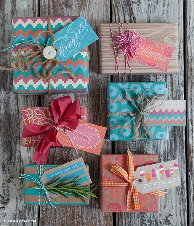 printable wrapping paper - festive