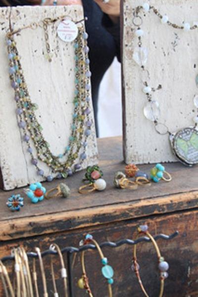 Easy Diy Rustic Craft Show Jewelry Displays