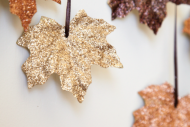 gold-sparkle-leaves-diy_thumb.png