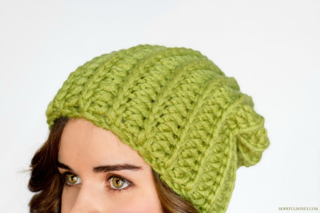 free crochet hat pattern - slouchy green