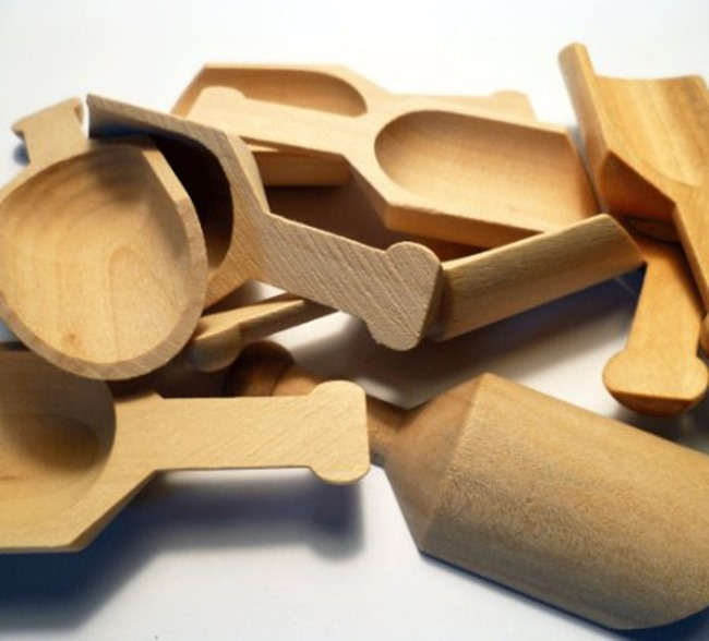 my favorite craft supplies - wooden scoops
