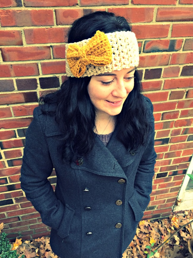DIY Crochet Headband Pattern with Bow