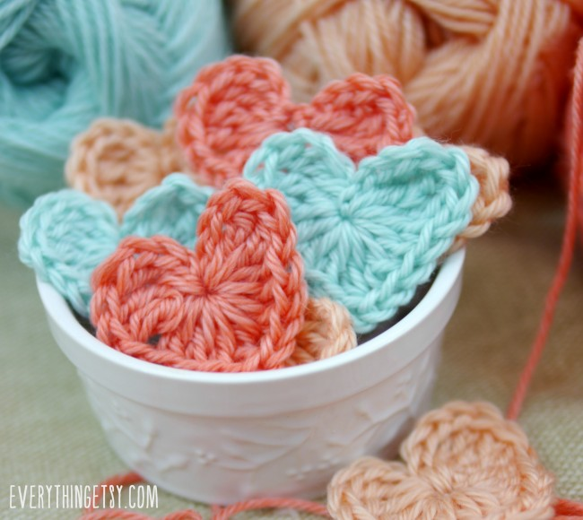 Free Crochet Pattern - simple heart - EverythingEtsy.com