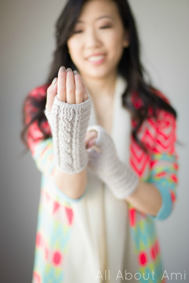 diy wristwarmer - all about ami