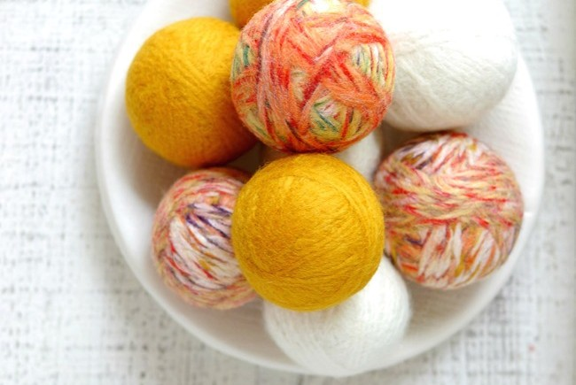 DIY-Wool-Dryer-Balls-and-All-Natural-Laundry-Tips-on-EverythingEtsy.com_.jpg