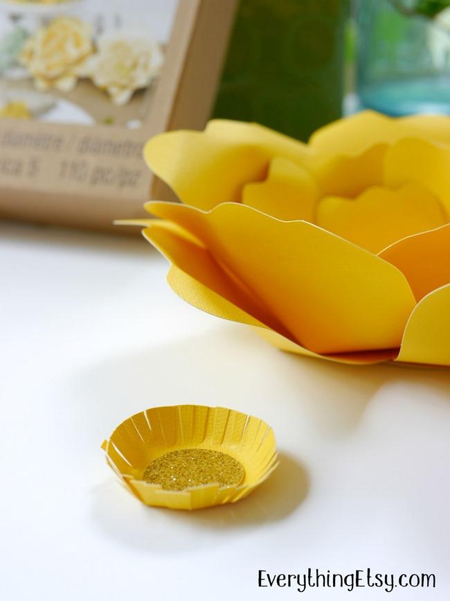 DIY Paper Flower Goodness on EverythingEtsy.com