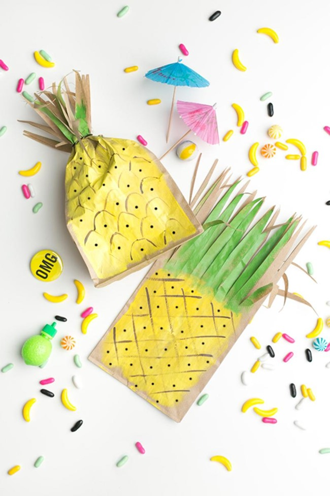 DIY Pineapple Party Favor Bag